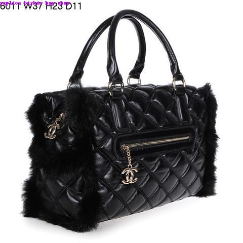 Handbags Are 揺asy To Carry Bags That Frequently Owned By Women It S Very Favorable For Because They Able Keep Individual Items